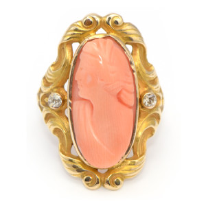 Vintage Ring with Carved Coral Cameo Bust set in Yellow Gold from Art Nouveau Jewelry Period