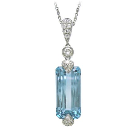 Aquamarine Gemstone Pendant in White Gold