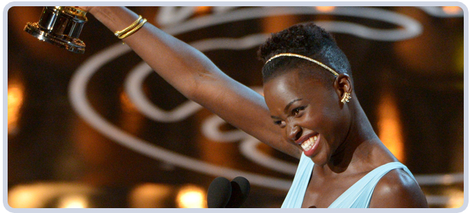 Lupita Nyongo at 2014 Academy Awards
