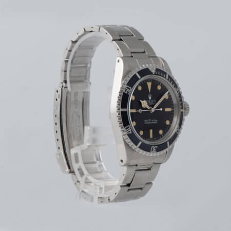 Vintage Rolex Submariner pre-owned watch