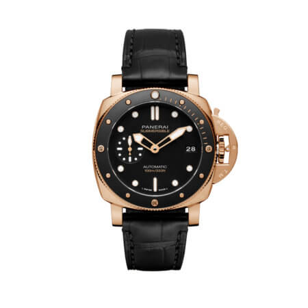 Panerai Submersible 42mm in Gold PAM974