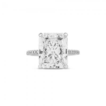 Radiant-Cut-Diamond-Ring