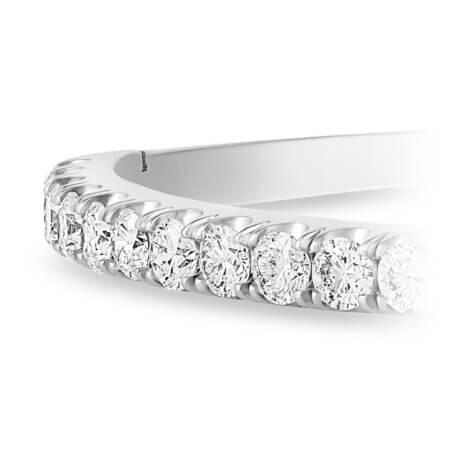 Round Diamond Bangle bracelet